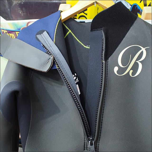 BeWET【ビーウェット】ACOUSTIC フルスーツ オリジナルカラー ブラックラバー×ブラックジャージ LOGOゴールド 3/3mm サイズ:L